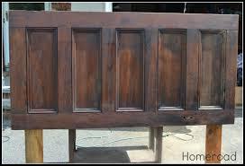 Making Headboards Out Of Old Doors by Homeroad Old Door Headboard