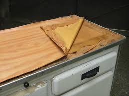 recouvrir meuble de cuisine adhesif pour plan de travail cuisine newsindoco recouvrir meuble