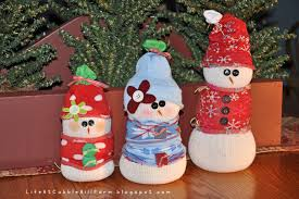 at cobble hill farm snowmen made of socks and easy