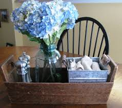 simple dining table centerpiece with salt pepper cloth napkins