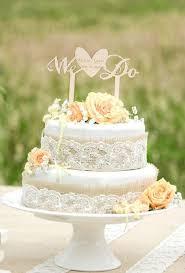 burlap cake toppers 30 burlap wedding cakes for rustic country weddings deer pearl