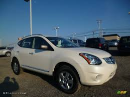 silver nissan rogue 2014 2014 pearl white nissan rogue select s awd 91754873 photo 4