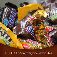 best place to buy candy for halloween mars chocolate favorites halloween candy 60 piece 33 90 oz