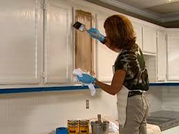 How To Stain Kitchen Cabinets by How To Glaze Cabinets