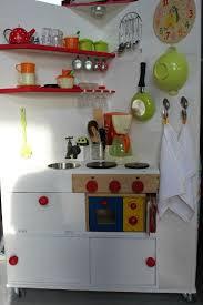 fabriquer cuisine pour fille fabriquer cuisine enfant simple comment fabriquer des meubles pour