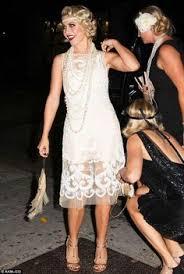 vestidos de novia famosos y locos años 20 flappers
