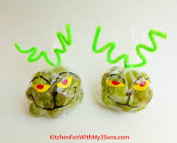 Grape Kitchen Decor The Grinch Grape Snack Bags For Christmas Class Parties At