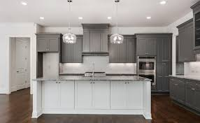 white shaker kitchen cabinets wood floors two tone kitchen cabinets ideas designs colors pictures