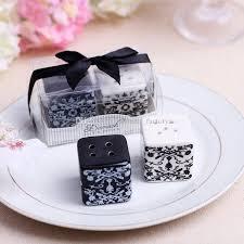 tea wedding favors damask pattern wedding seasoning cans salt and pepper shaker