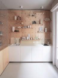 panneau cuisine renovation d un appartement à budapest panneau perforé cuisine