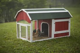 Small Backyard Chicken Coops by Amazon Com Prevue 465 Red Barn Chicken Coop Patio Lawn U0026 Garden