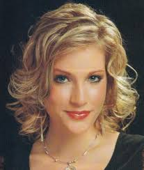 short to medium length hairstyles for curly hair casual wavy hairstyles with side swept bangs for medium hair 2017