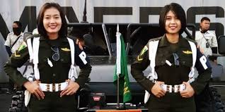 profil sosok jokowi mengenal sosok tni cantik pengemudi mobil inspeksi presiden jokowi