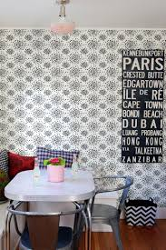 interesting wallpaper for the kitchen with pendant lamp then