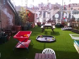 balkon kunstrasen kunstrasen ideen für ihre haus balkon und garten terrasse