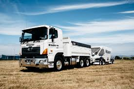 700 hino nz a better class of truck to make your working life