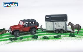 land rover bruder bruder 02921 jeep wrangler unlimited with horse trailer incl 1