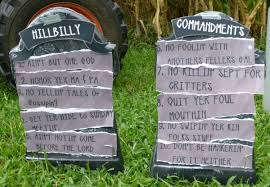 Homemade Grave Decorations Useless Junk Back For Redneck Decorations Invisibleinkradio Home