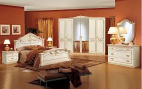 Traditional White Bedroom Furniture by Making Your Bedroom Newer With Traditional Bedroom Furniture Homedee