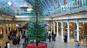 giant lego christmas tree st pancras view from the escalator