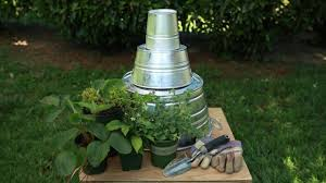 how to make a 3 tier planter with galvanized buckets youtube