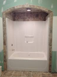 Bathroom Shower Tub Tile Ideas by Best 25 Decorating Around Bathtub Ideas On Pinterest Small