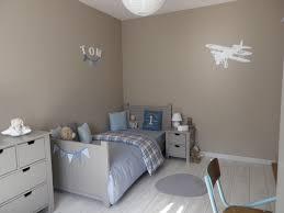 couleur de la chambre bois peinture idee decoration ans pour mixte tendance coucher fille