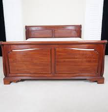 Cherry Wood Bedroom Sets Queen Bedroom Create Ambiance With A Perfect Balance Of Warmth And