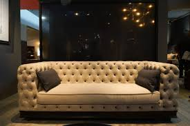 Black Tufted Sofa by Tufted Sofa Designs From Classical To Modern And Beyond