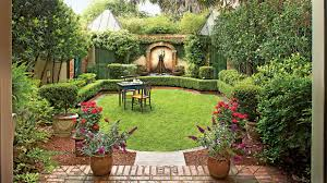 Spanish Style Homes With Interior Courtyards Classic Courtyards Southern Living