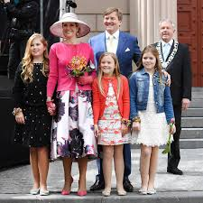queenmaxima royal family celebrate kingsday