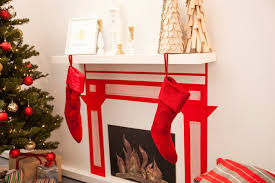 Christmas Decorations For Fireplace Mantel Stunning White Fireplace Christmas Ideas Establish Appealing White