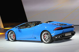 Lamborghini Huracan Design - lamborghini huracan spyder hits 201 mph with the top down