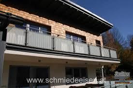 Aluminium Regal Mit Praktischem Design Lake Walls 100 Holz Treppe Design Atmos Studio Küchenarbeitsflächen