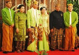 wedding dress indonesia wedding traditional ceremony dress the travel tart