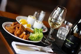 la carpe cuisine la cuisine d augustine café restaurant à priay 01160 les
