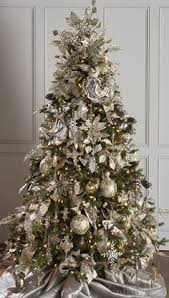 Decorated Christmas Trees by How To Put Ribbon Garland On A Christmas Tree Ribbon Garland