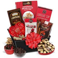 what is a valentines day gift for my boyfriend be my s day gift basket by