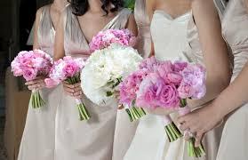 Hochsteckfrisurenen Hochzeit Trauzeugin by Brautjungfer Vs Trauzeugin Unterschiede Und Gemeinsamkeiten