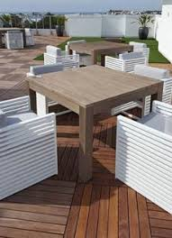 modular decking tiles for pedestal supported roof decks