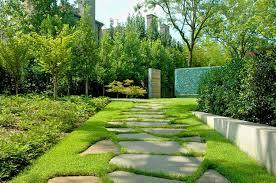 Beautiful Front Yard Landscaping - lawn u0026 garden pretty front yard landscaping idea with natural