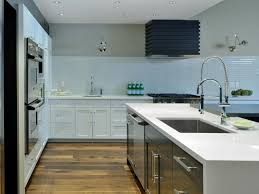 kitchen shiny white glass tiles backsplash in grid horizontal