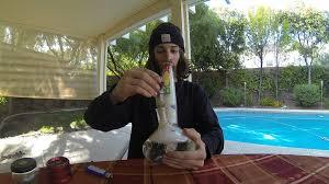 smoking weed in backyard backyard smoke session w bong youtube
