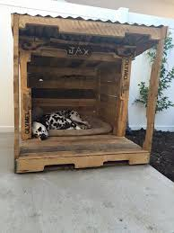 Building A Platform Bed Out Of Wooden Pallets by Best 25 Pallet Dog House Ideas On Pinterest Pallet Playhouse