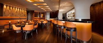 night time luxury mayfair hotel como metropolitan london