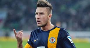 cool soccer hairdoos 10 best soccer player haircuts for super fans 2017 sport