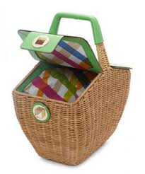 best picnic basket best picnic baskets what to buy for a picnic