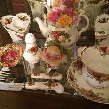 china patterns with roses 205 best i am collecting royal albert country roses china and
