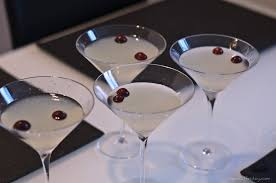 cosmo martini recipe winter white cosmo inspired by bonefish grill apéritif friday