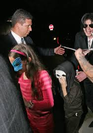michael jackson halloween costume michael jackson takes kids to a costume party blackcelebritykids